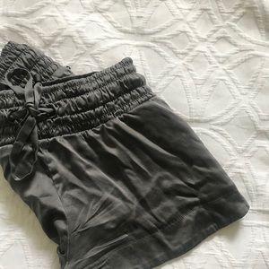 Comfy grey shorts